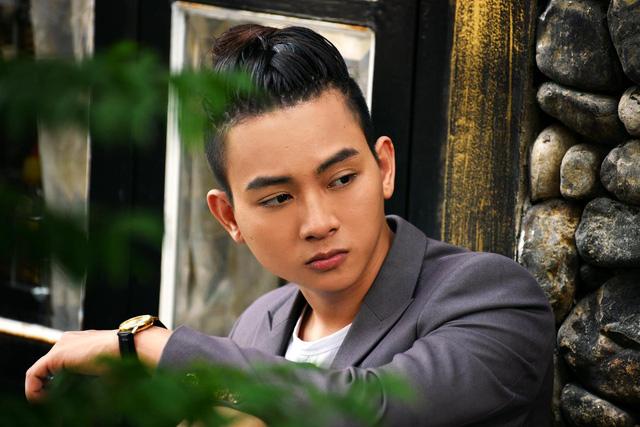 Hoài Lâm đa phong cách trong CeeShow đánh dấu sự trở lại - Ảnh 1.
