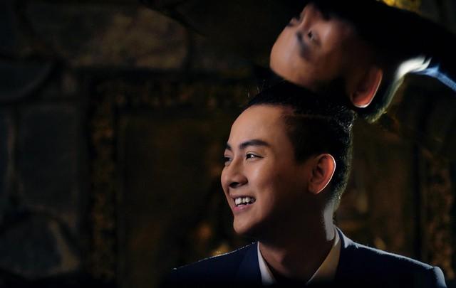 Hoài Lâm đa phong cách trong CeeShow đánh dấu sự trở lại - Ảnh 2.