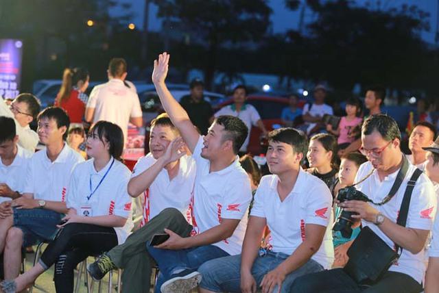Cuồng nhiệt cùng giải đua MotoGP tại thành phố Hải Phòng - Ảnh 1.