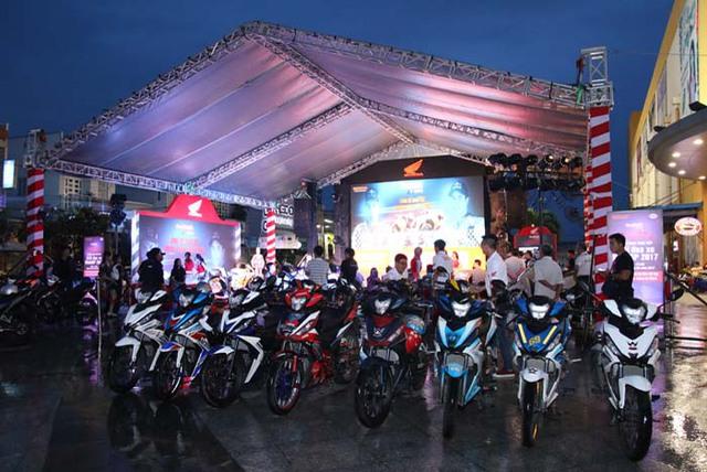 Cuồng nhiệt cùng giải đua MotoGP tại thành phố Hải Phòng - Ảnh 3.