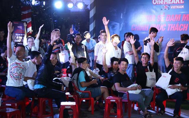 Cuồng nhiệt cùng giải đua MotoGP tại thành phố Hải Phòng - Ảnh 4.