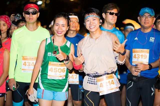 Cảm xúc trải dài cùng những bước chân trên đường chạy Marathon Quốc tế Đà Nẵng 2017 - Ảnh 2.