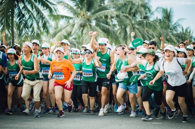Cảm xúc trải dài cùng những bước chân trên đường chạy Marathon Quốc tế Đà Nẵng 2017 - Ảnh 6.