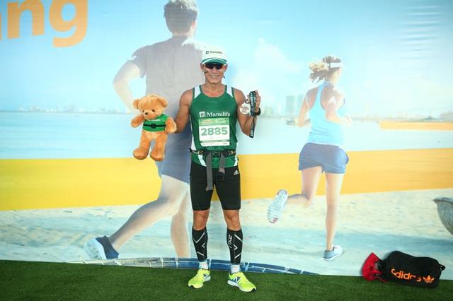 Cảm xúc trải dài cùng những bước chân trên đường chạy Marathon Quốc tế Đà Nẵng 2017 - Ảnh 8.