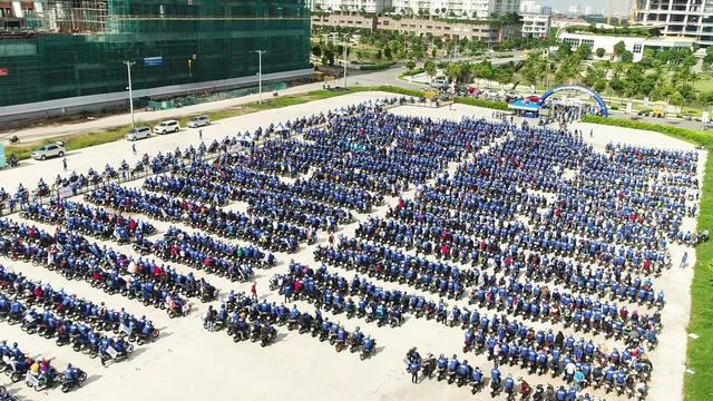 Cộng đồng yêu xe Việt háo hức tham gia cuộc thi ghép tranh Mosaic khổng lồ - Ảnh 7.