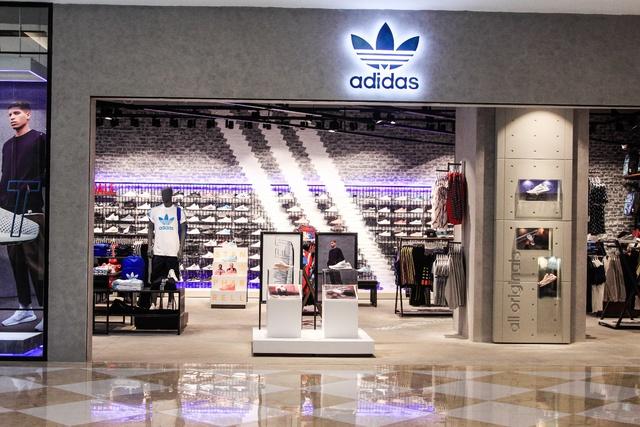 adidas Originals khai trương cửa hàng mới ngay Vincom Nguyễn Chí Thanh, Hà Nội - Ảnh 1.