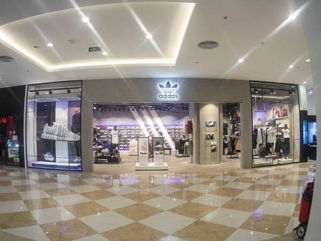 adidas Originals khai trương cửa hàng mới ngay Vincom Nguyễn Chí Thanh, Hà Nội - Ảnh 2.