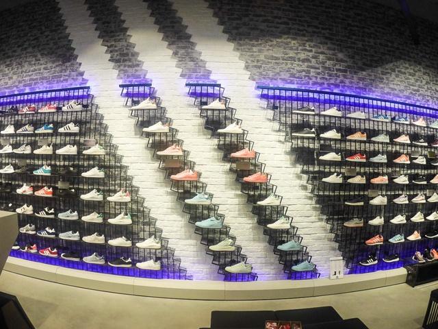 adidas Originals khai trương cửa hàng mới ngay Vincom Nguyễn Chí Thanh, Hà Nội - Ảnh 7.