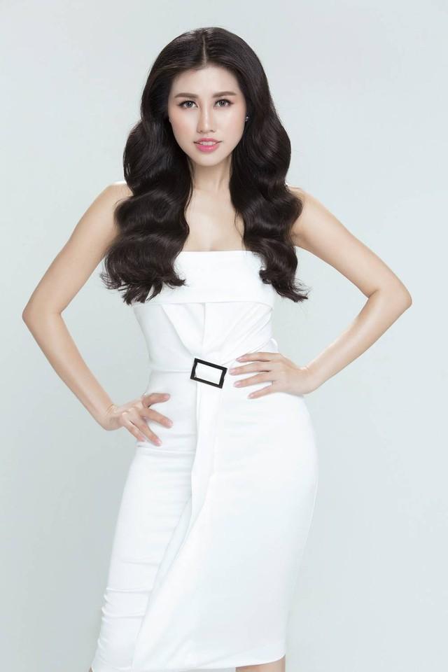 Emily Hồng Nhung biến hoá lôi cuốn trong bộ sưu tập mới - Ảnh 4.