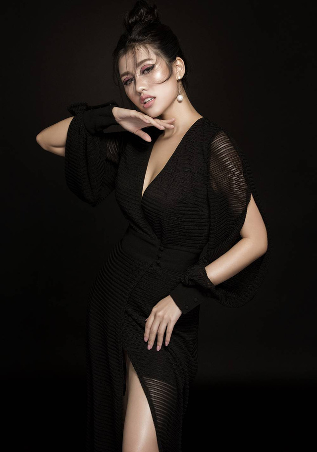 Emily Hồng Nhung biến hoá lôi cuốn trong bộ sưu tập mới - Ảnh 10.