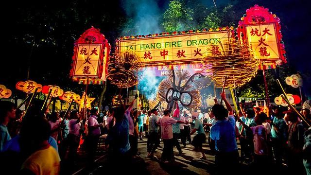 Có một không gian Lễ hội đèn lồng Hồng Kông nằm giữa lòng Hà Nội - Ảnh 1.