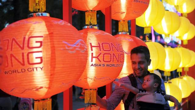 Có một không gian Lễ hội đèn lồng Hồng Kông nằm giữa lòng Hà Nội - Ảnh 2.