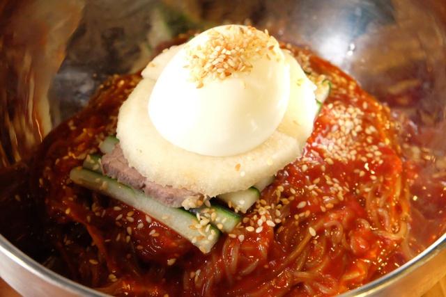 Điểm danh những món ăn Hàn càng ăn càng mê, càng ăn càng không thể chối từ - Ảnh 3.