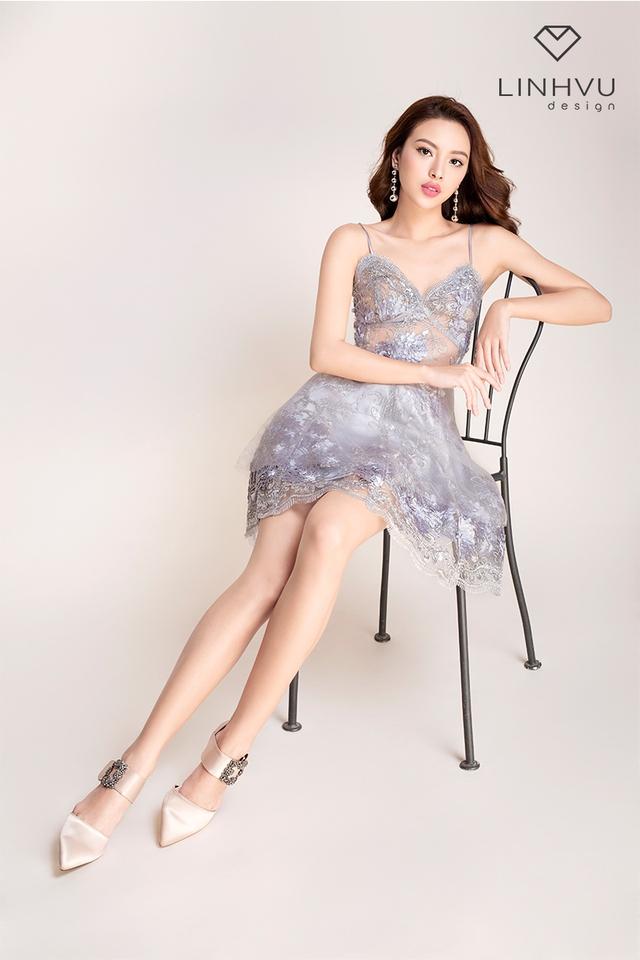 Tú Hảo đẹp hút hồn trong BST mới của thương hiệu LINHVU Design - Ảnh 7.