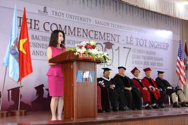 Tân cử nhân Đại học Troy sẵn sàng chinh phục thành công - Ảnh 2.