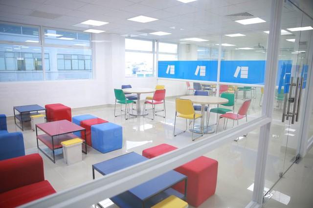 Hơn 4,5 tỷ học bổng tiếng Anh cho sinh viên HUTECH trong năm học mới - Ảnh 4.