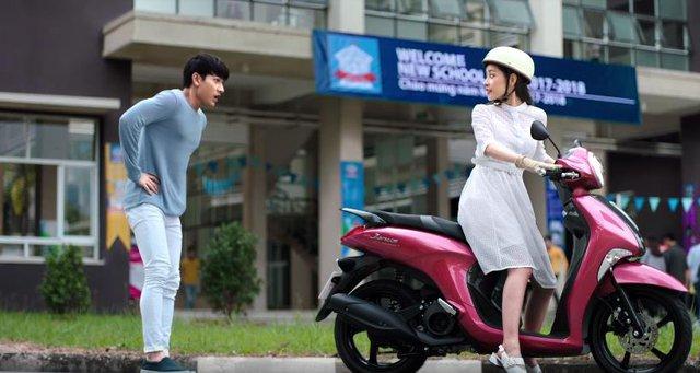 Hé lộ hậu trường siêu dễ thương của Isaac và Chi Pu trong MV mới - Ảnh 2.