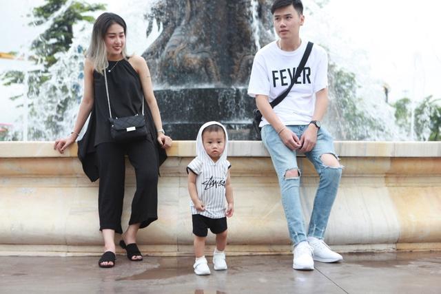 Gia đình Trang Lou – Tùng Sơn khoe ảnh đi chơi công viên giải trí cực đáng yêu - Ảnh 9.