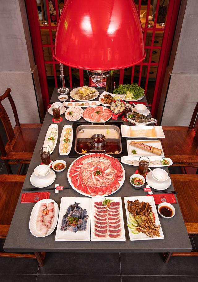 Vì sao Lý Hải, Minh Hà, Tú Vi, Văn Anh đều yêu thích lẩu Hutong? - Ảnh 4.