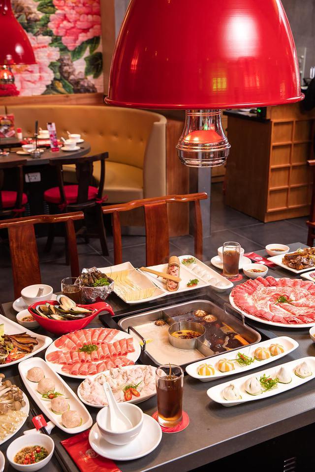 Vì sao Lý Hải, Minh Hà, Tú Vi, Văn Anh đều yêu thích lẩu Hutong? - Ảnh 5.