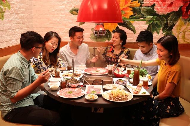 Vì sao Lý Hải, Minh Hà, Tú Vi, Văn Anh đều yêu thích lẩu Hutong? - Ảnh 8.