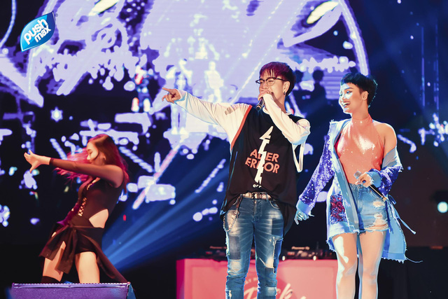 Soobin Hoàng Sơn, Miu Lê quẩy tưng bừng trong đêm nhạc Pushmax - Back to School - Ảnh 2.