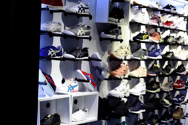 The Social Foot – Khi các thương hiệu sneaker về chung một nhà - Ảnh 2.