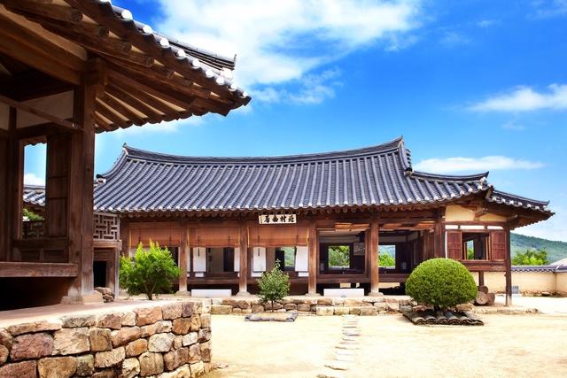 Hàn Quốc – Thiên đường xanh mướt hạ về, đỏ lá thu sang - Ảnh 2.