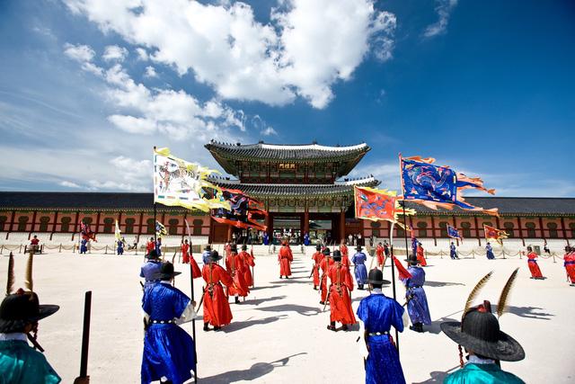 Hàn Quốc – Thiên đường xanh mướt hạ về, đỏ lá thu sang - Ảnh 9.