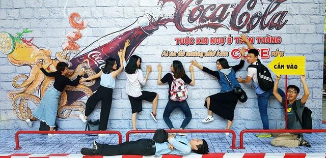 Giới trẻ tưng bừng check-in tại lễ hội ẩm thực đường phố Coca-Cola - Ảnh 3.