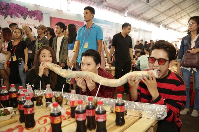 Giới trẻ tưng bừng check-in tại lễ hội ẩm thực đường phố Coca-Cola - Ảnh 19.