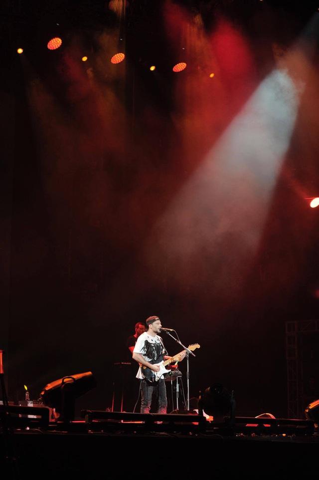 """""""Monsoon Music Festival 2017 by Tuborg"""" đêm thứ 2: Da LAB đốt cháy sân khấu cùng loạt hit khủng - Ảnh 10."""