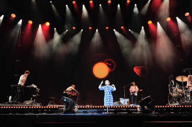 """""""Monsoon Music Festival 2017 by Tuborg"""" đêm thứ 2: Da LAB đốt cháy sân khấu cùng loạt hit khủng - Ảnh 11."""
