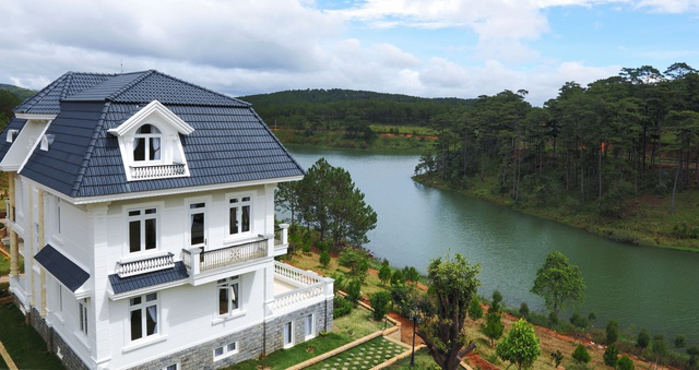 Dự án Sacom Tuyền Lâm ngay tại khu du lịch quốc gia Hồ Tuyền Lâm – Đà Lạt – tỉnh Lâm Đồng của SAM.