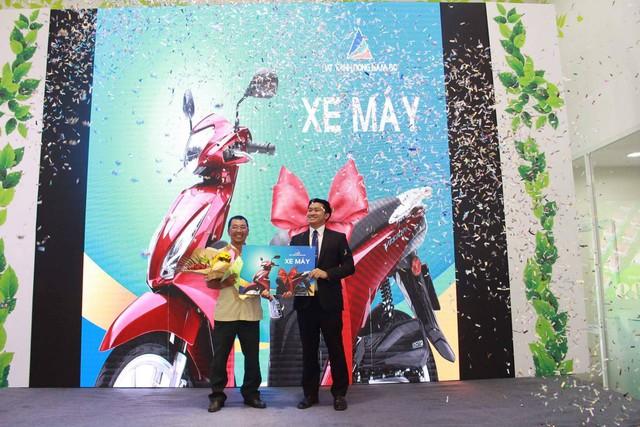Đáp lại sự quan tâm của quý khách hàng, Đất Xanh Đông Nam Bộ đã dành những phần quà tri ân có giá trị hơn 100 triệu đồng.