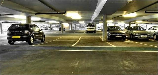 Một tiện ích vượt trội của Xi Grand Court là các căn hộ đều có chỗ đậu xe hơi ngay trong tầng hầm dự án.