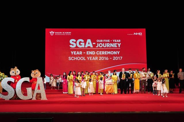 SGA mừng sinh nhật 5 năm thành lập.