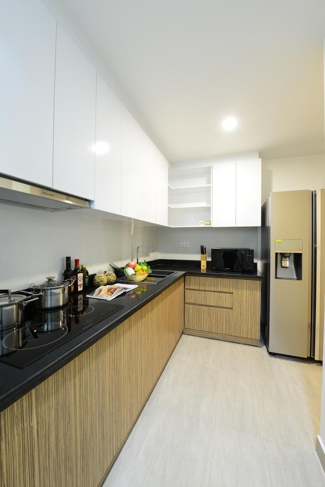 Căn bếp được thiết kế hiện đại, tiện lợi.