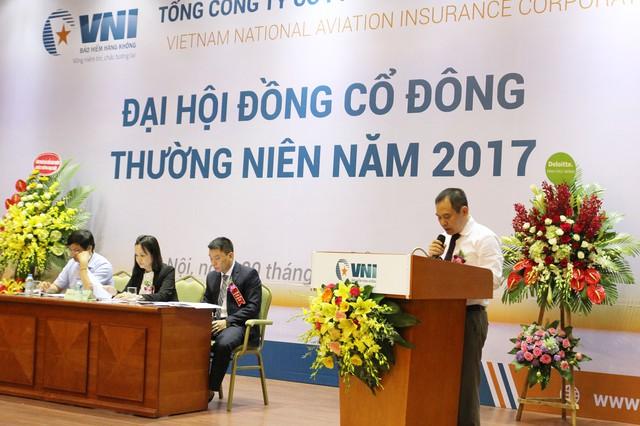 Ông Trần Trọng Dũng – Tổng giám đốc phát biểu tại đại hội.