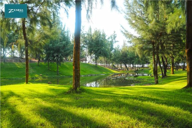 59 tòa villa nằm ẩn mình trong đồi dương 20 năm tuổi tạo thành 1 Đà Lạt thu nhỏ đầy mộng mơ.