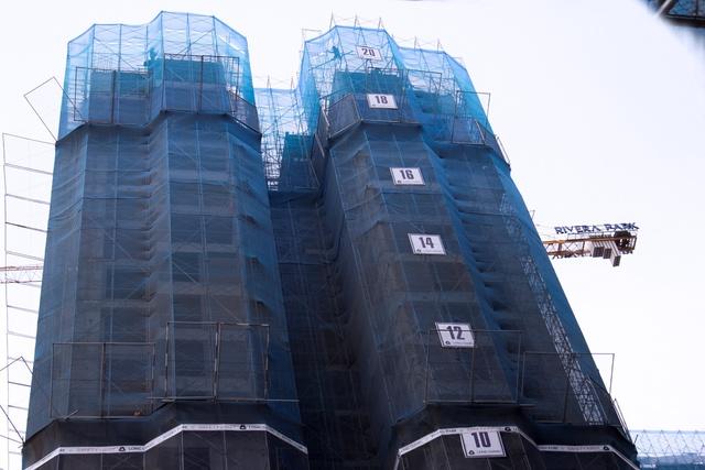 Toàn bộ dự án đang cấp tập xây dựng không quản ngày đêm để cất nóc đúng công đoạn vào ngày 30/7 tới.