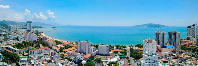 View biển Nha Trang tuyệt đẹp từ tầng 20 dự án Ocean Gate.