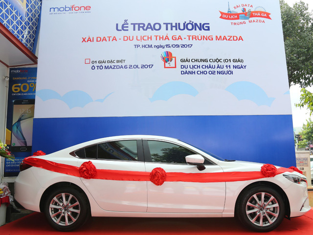 Giải thưởng đặc biệt của CTKM là chiếc ô tô Mazda6 2.0L sản xuất 2017.