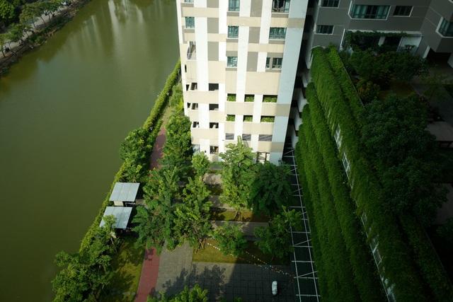 Khuôn viên dự án nhìn từ trên cao với màu xanh mướt gần gũi với thiên nhiên.