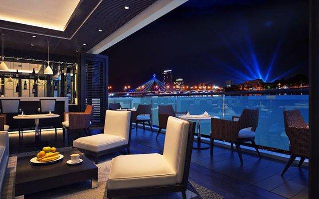 Sky bar sang trọng ở Sơn Trà Oceanview.