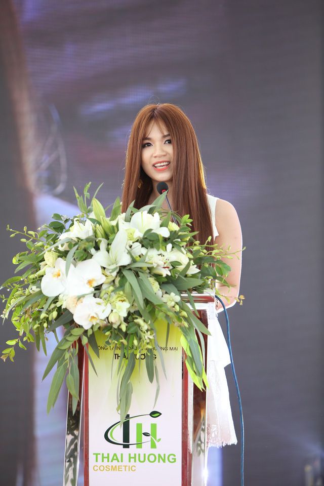 TGĐ Nguyễn Linh Hương phát biểu khai mạc tại sự kiện.