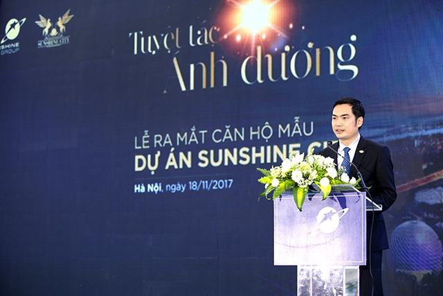 Hàng nghìn người thăm quan căn hộ mẫu tại siêu dự án đáng sống Sunshine City