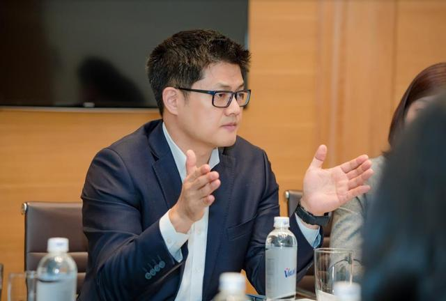"""""""Tôi muốn ăn phở và trả tiền bằng điện thoại"""" - ông Thomas Ko, Phó Tổng giám đốc Samsung toàn cầu."""