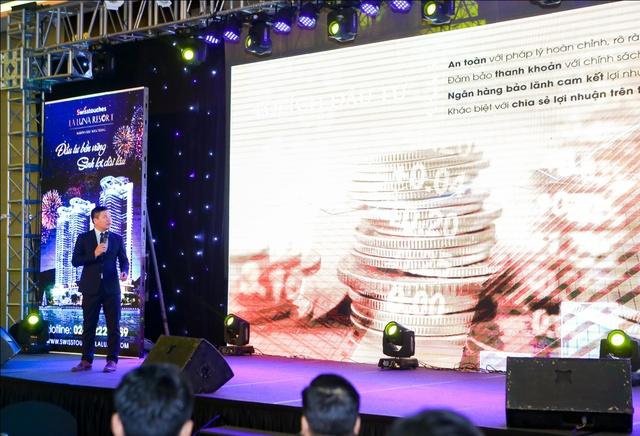 Ông Nguyễn Trọng Huy phân tách chính sách phân phối hàng kết hợp đầu tư của Swisstouches La Luna Resort ở lễ mở phân phối.