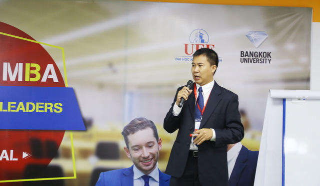 Lead Lecturers là những Tiến sĩ chuyên ngành và Industry Mentors là các quản lý cấp cao.